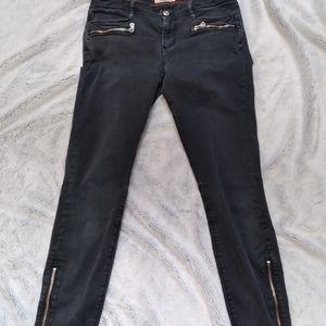 Aritzia•TNA•boyfriend washed out black zipper jean